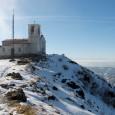 Un tetto sulla pianura Padana Data :19 Gennaio 2008 Quota Partenza:510 m. Quota Arrivo :1092 m. Dislivello :550 m. Lunghezza :10 Km. Durata :3 Ore ( 2 Salita 1 Discesa