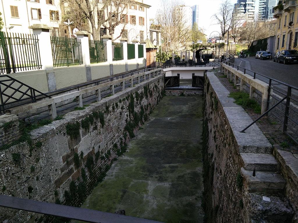Unico pezzo del Naviglio della Martesana rimasto (via San Marco)