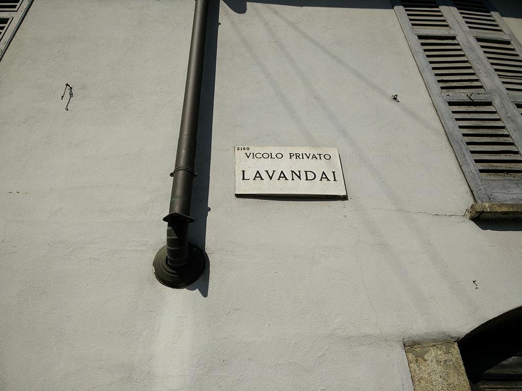Naviglio Grande - via dei Lavandai