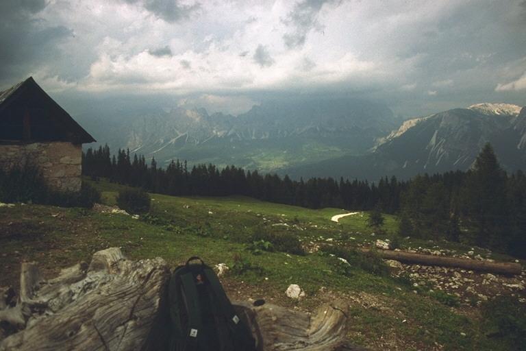 Vista verso la valle di Cortina