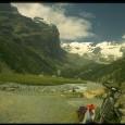 Sotto i Ghiacciai del Monte Rosa Data :16 Giugno 1996 Quota Partenza:1689 m. Quota Arrivo :2382 m. Dislivello :693 m. Lunghezza :14 Km. Durata :3 Ore ( 2 Salita 1 […]