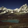Al cospetto del Cervino Con ritorno a Valtournache sulle piste da sci Data :18 Settembre 1998 Quota Partenza:2005 m. Quota Arrivo :2982 m. Dislivello :977 m. Lunghezza :10 Km. Durata […]