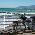 E' uno dei tracciati liguri di ponente che costeggia le migliori spiagge del periodo invernale (San Remo, Ospedaletti e Bordighiera) e che risalendo la valle del torrente Nervia, con una […]